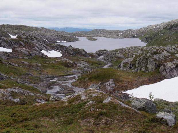View onto the Skardfjellvatnet lake